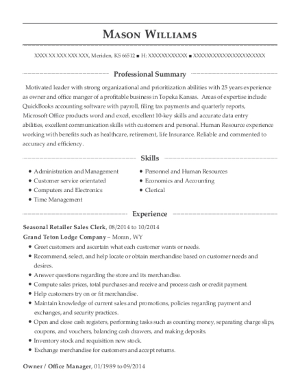 Seasonal Retailer Sales Clerk resume example Kansas