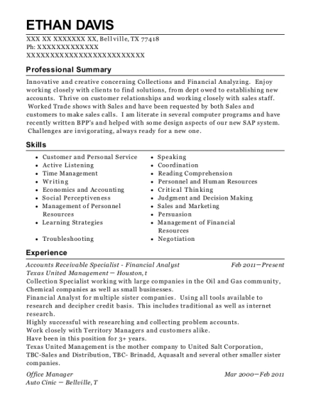 Accounts Receivable Specialist Financial Analyst resume example Texas